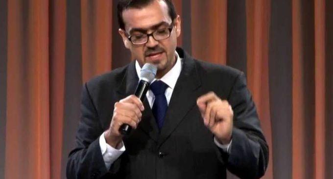 """Pastor Emilio Agüero critica la nueva """"ideología de género"""""""