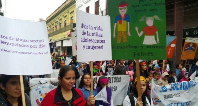Organizaciones marcharon contra el abuso sexual en niños