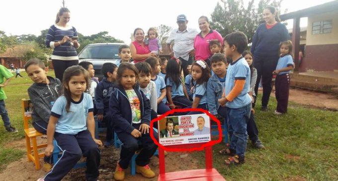 """""""Ancho"""" Ramírez niega que entrega de sillas a escuela de Amambay haya sido con fines de propaganda"""