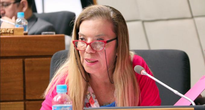 Diputada no apoyará futura candidatura de Ferreiro