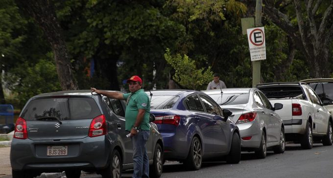 Concejales no respaldan estacionamiento tarifado