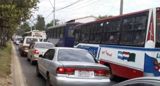 Tráfico en Asunción| Un promedio de 400 mil vehículos ingresan a la ciudad