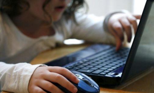 """""""6 de cada 10 adolescentes contactaron a extraños en las redes sociales"""""""