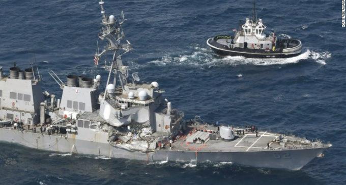 7 marinos de EE.UU. desaparecidos tras choque de buque de guerra fueron encontrados muertos