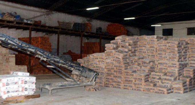 Destacan récord en producción nacional de cemento