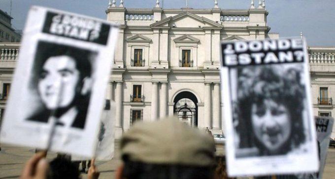 Justicia chilena condena a más de un centenar de exagentes de policía secreta del dictador Pinochet