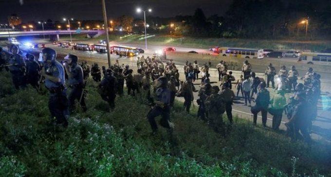 EEUU: 18 personas detenidas en disturbios por la absolución de un policía que mató a un hombre negro