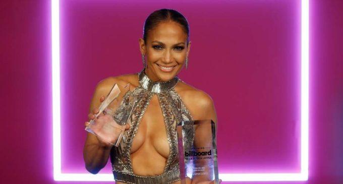 J Lo: se hizo photoshop y la descubrieron
