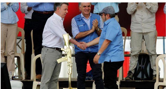 """Colombia: después de 53 años, las FARC proclamaron su """"adiós a las armas"""""""