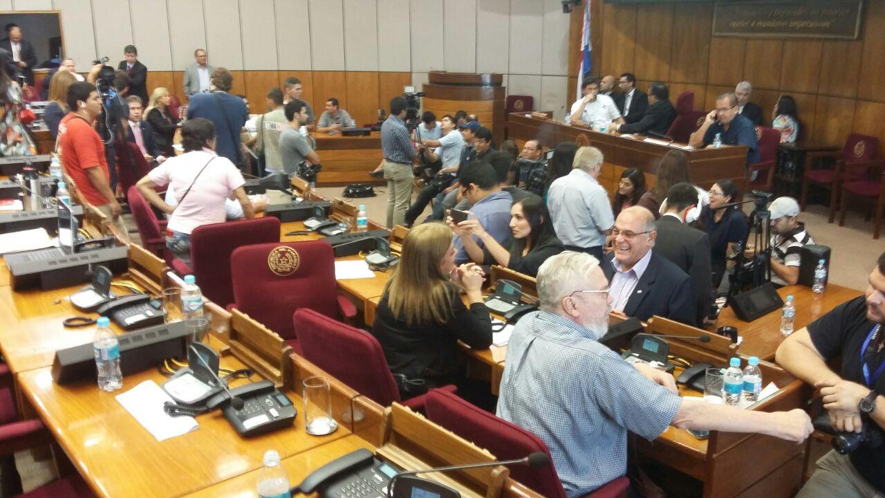 Senadores aprueban el impuesto a la soja
