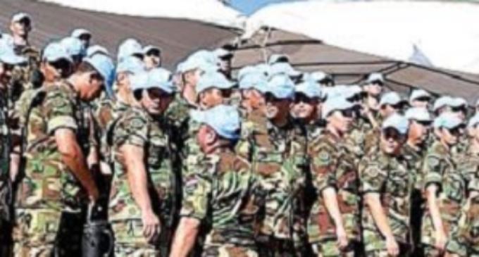 Obligan a militares hacer de vendedores en San Juan
