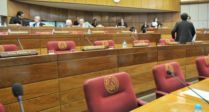 Senado no sesiona por falta de quórum