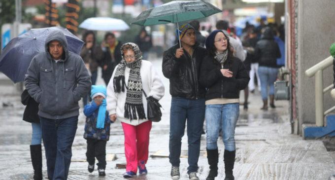 Se podrían dar precipitaciones leves este lunes