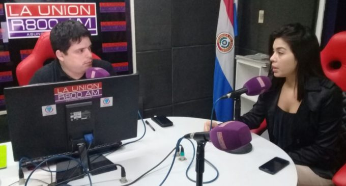 """""""Hay una abierta persecución sindical"""", asegura periodista desvinculada de canal de televisión"""