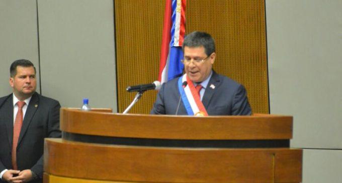 """""""La Patria No se vende, se defiende"""""""