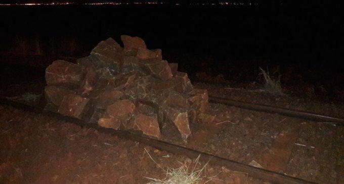 Vandalismo en tren Encarnación-Posadas: Colocaron piedras en las vías
