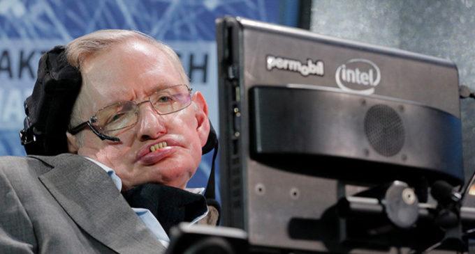 """Stephen Hawking: """"Por culpa de Trump puede llover ácido sulfúrico en la Tierra"""""""