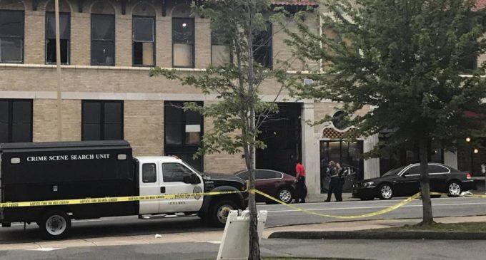 EE.UU.: Al menos 28 heridos por disparos en club nocturno de Arkansas
