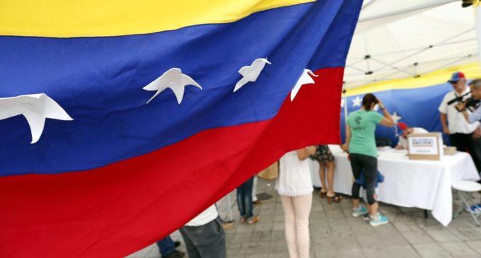 Arranca el plebiscito venezolano contra el gobierno de Nicolás Maduro