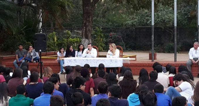 Estudiantes piden al MEC que revea censura de debates en los colegios