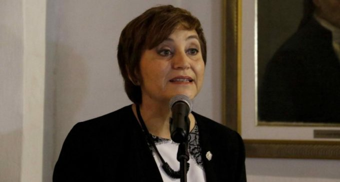 Premian a Berta Rojas con el galardón Carlos Colombino