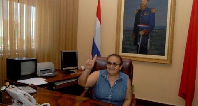 Ña Deló será candidata a Senadora