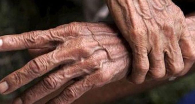 Juez es denunciado por enviar preso a anciano de 79 años, violando Código Penal