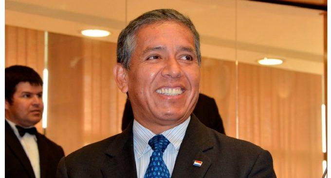 Senador Carlos Amarilla deja PLRA y pasa a nuevo movimiento de la diputada Olga Ferreira