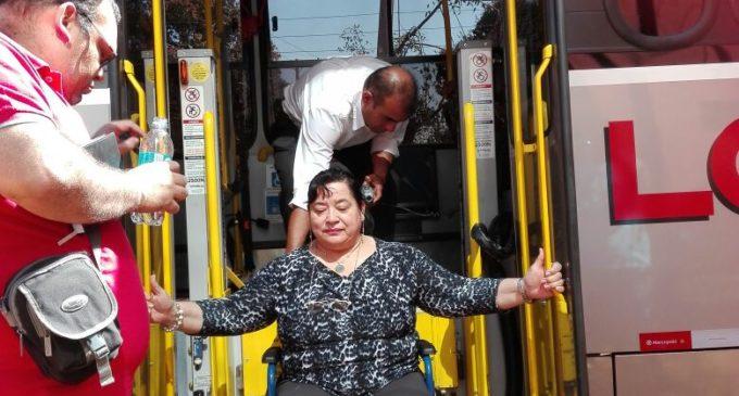 Choferes reciben capacitación para brindar trato adecuado a personas con discapacidad