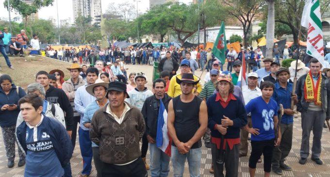 Campesinos aguardan que entre en vigencia ley de emergencia