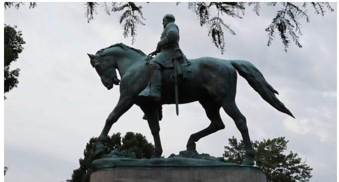 EE.UU.: Quién fue el polémico general Robert Lee, cuya estatua siempre está en marchas de supremacistas blancos