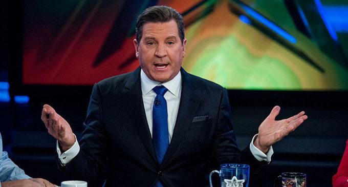 Fox News suspende a un presentador por enviar imágenes inadecuadas a compañeras de trabajo