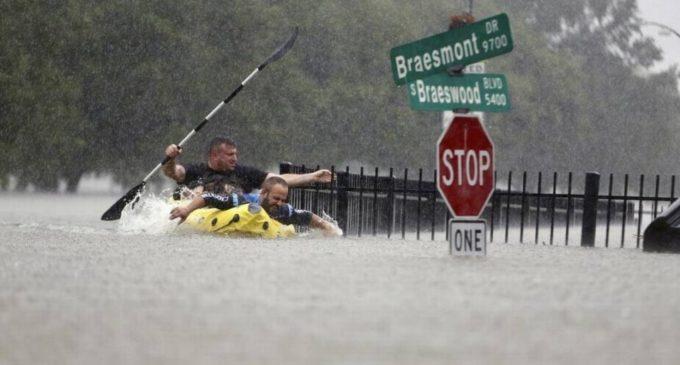 Por ahora, no se reportan paraguayos afectados por la tormenta Harvey, informa embajadora