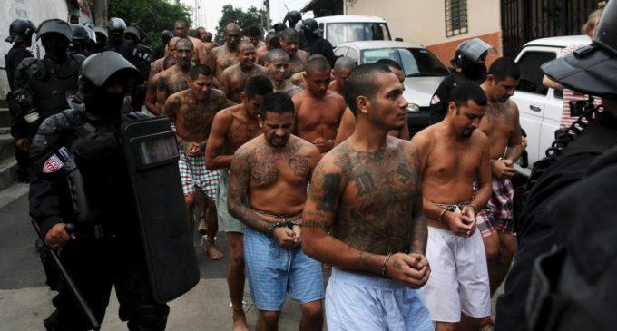 Guatemala analiza volver a aplicar la pena de muerte para combatir a las maras