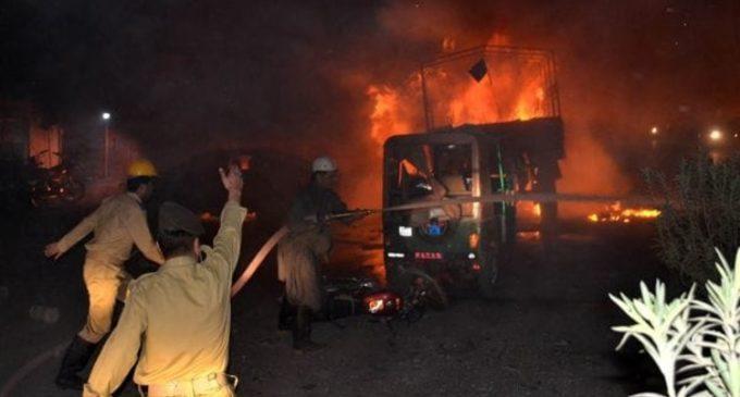 Pakistán: una explosión dejó al menos 15 muertos