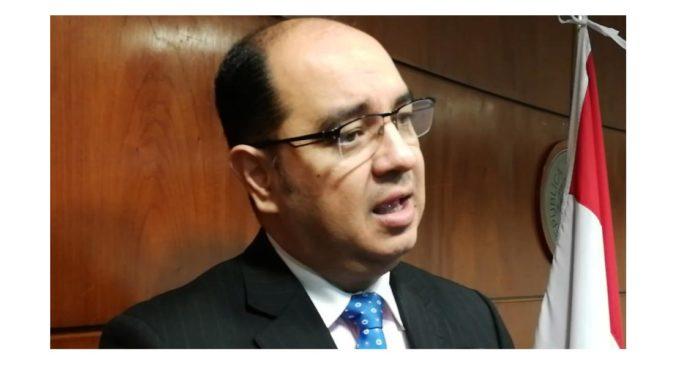 La terna para Fiscalía es idónea, pero faltó transparencia en proceso de selección, dice abogado