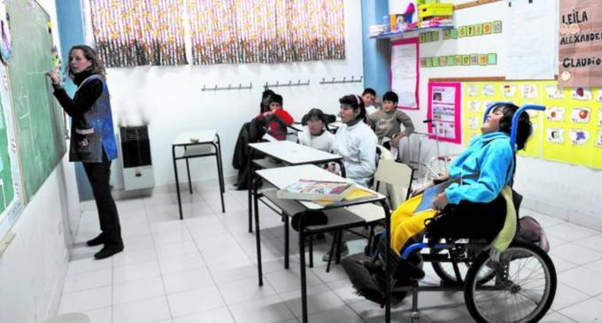 """Capacitarán a maestros para lograr """"docentes inclusivos"""""""