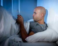 ¿Por qué nos sentimos atados al móvil?