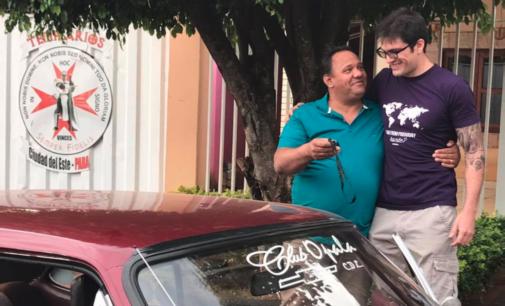 Paraguayo devolvió auto robado hace 16 años