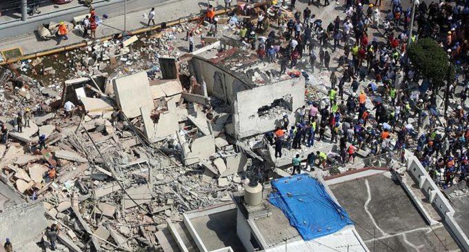 México: Continúa rescate y ya son 253 muertos