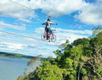 ¿Te imaginás pedalear en las alturas?