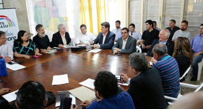Leo Rubín fue oficializado como candidato a Vicepresidente de la República por el Frente Guasu