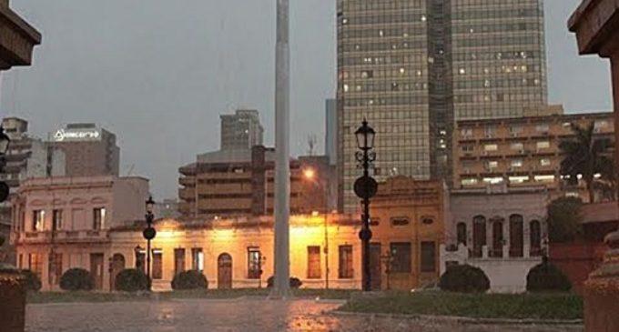 Anuncian viernes lluvioso en todo el territorio nacional