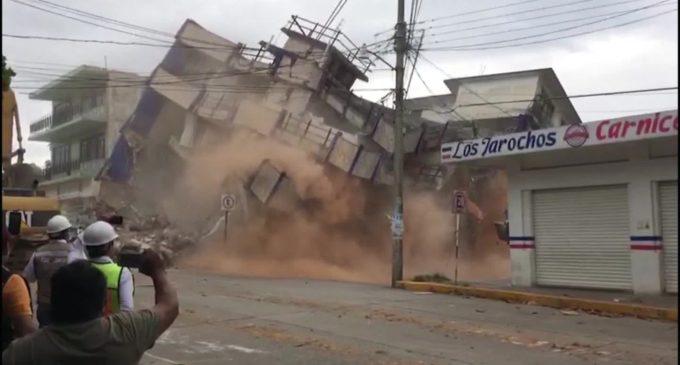 """""""Hubo un jalón muy fuerte que nos sacudió por mucho tiempo"""": Periodista relata terremoto en México"""