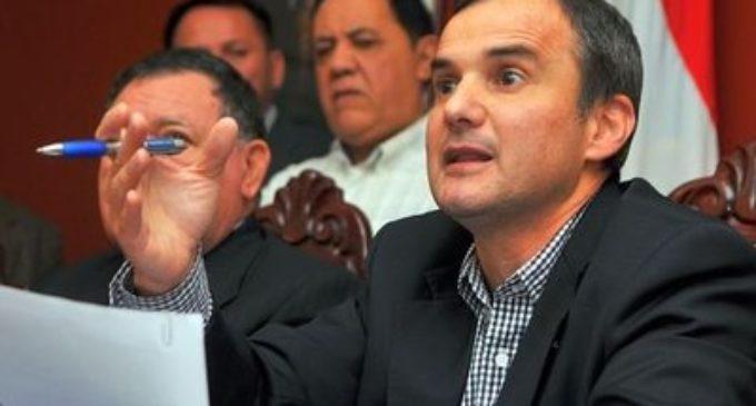 """Nelson Argaña: """"Trabajaré para que supermercados brasileños y argentinos se llenen de productos paraguayos"""""""