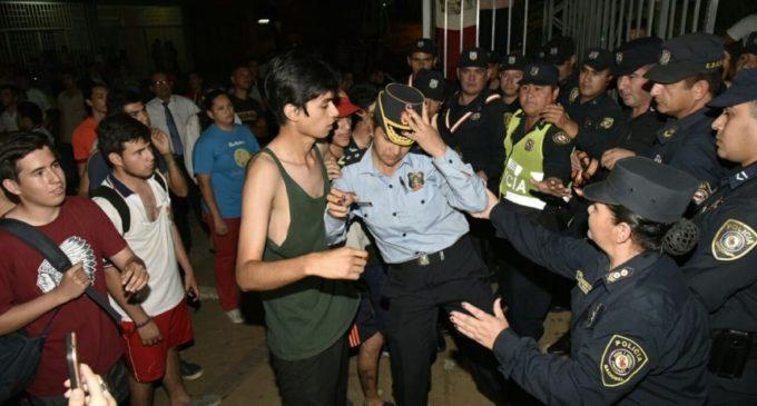Policía niega represión contra estudiantes de colegio Fernando de la Mora