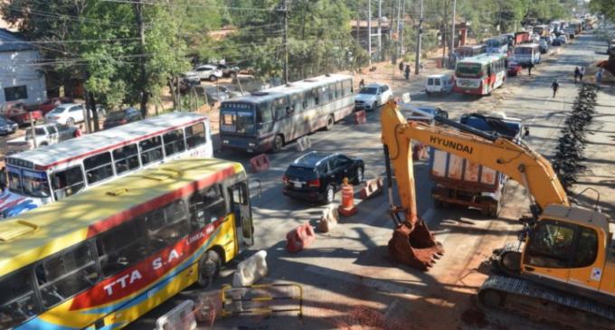 Por obras de Metrobus, cierran calle Pitiantuta