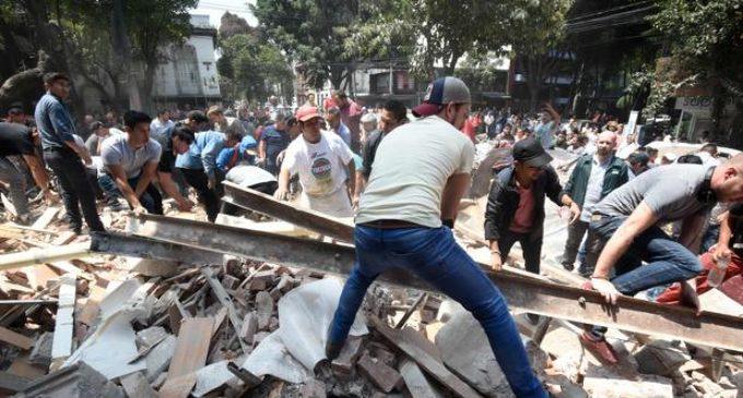 México: Suman 337 muertos por terremoto