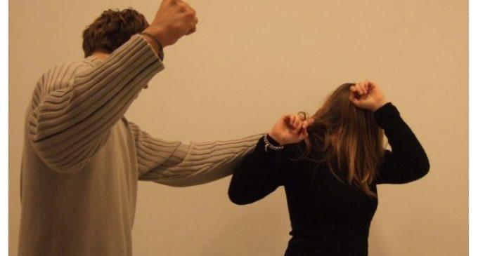 Retiran orden de captura contra seccionalero señalado por golpear a una mujer