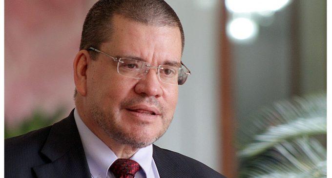 Ministro Barrios presentará renuncia